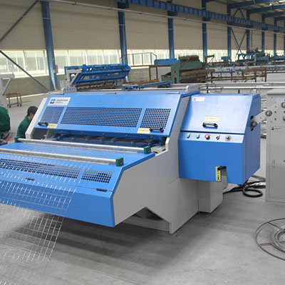 Automatic steel concrete reinforcing wire mesh weld machine exporter