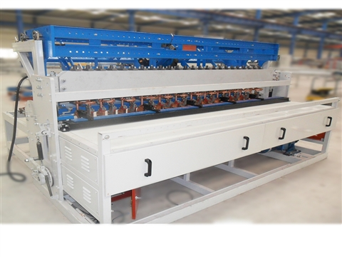 The advantages of building wire mesh welding machine