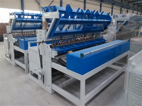 Construction galvanized mesh welding machine