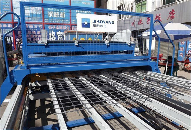 Special Automatic Steel Bar Mesh Welding Machine Production Line